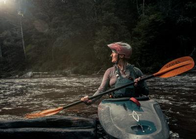 female kayaker chatooga river